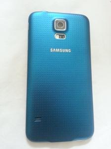 Ahhh, new phone, in Abi blue!