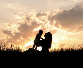 mother-baby-sunset